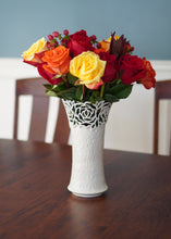 Load image into Gallery viewer, Rose Vase Large