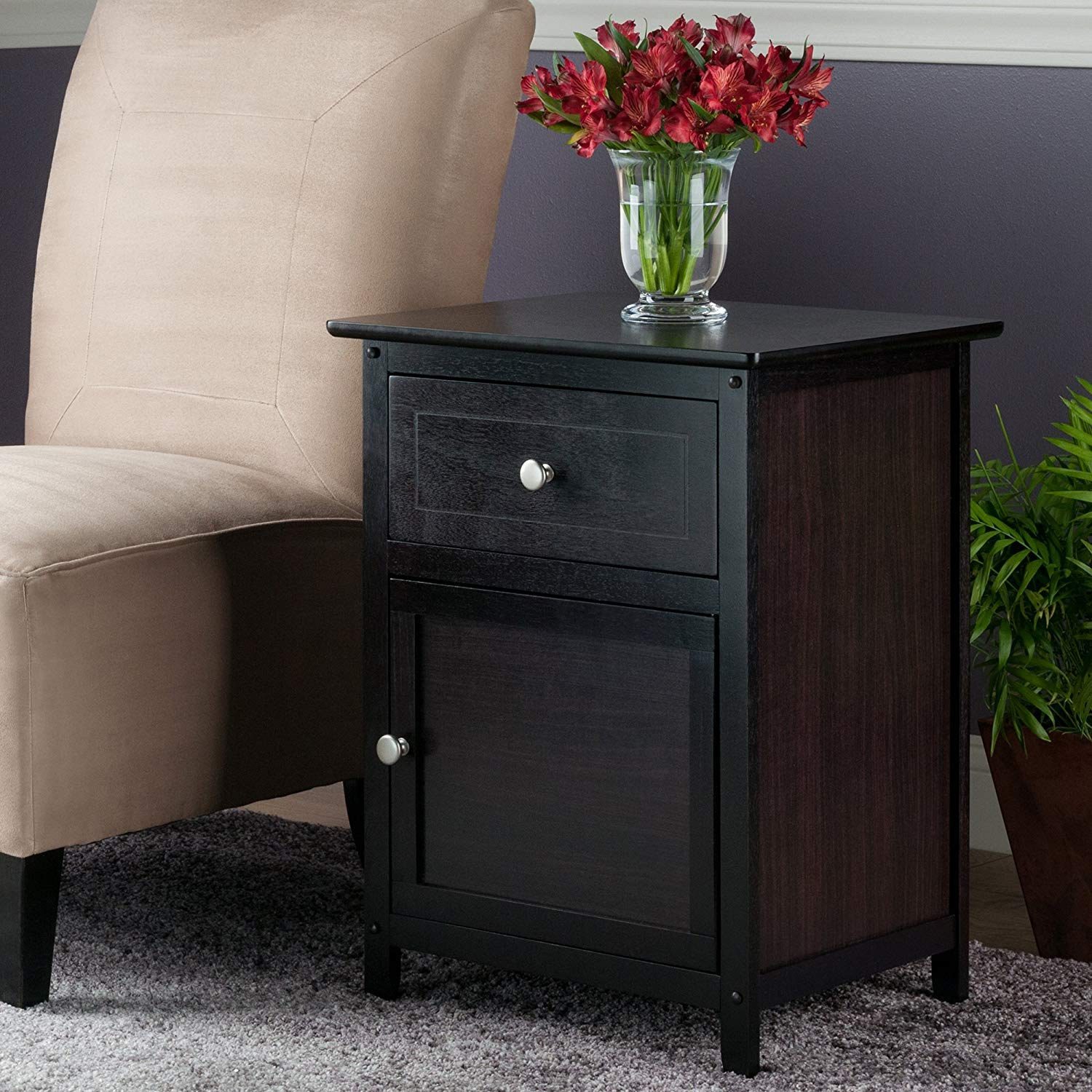 Winsome 92815 Eugene Accent Table 18.9 inches Espresso