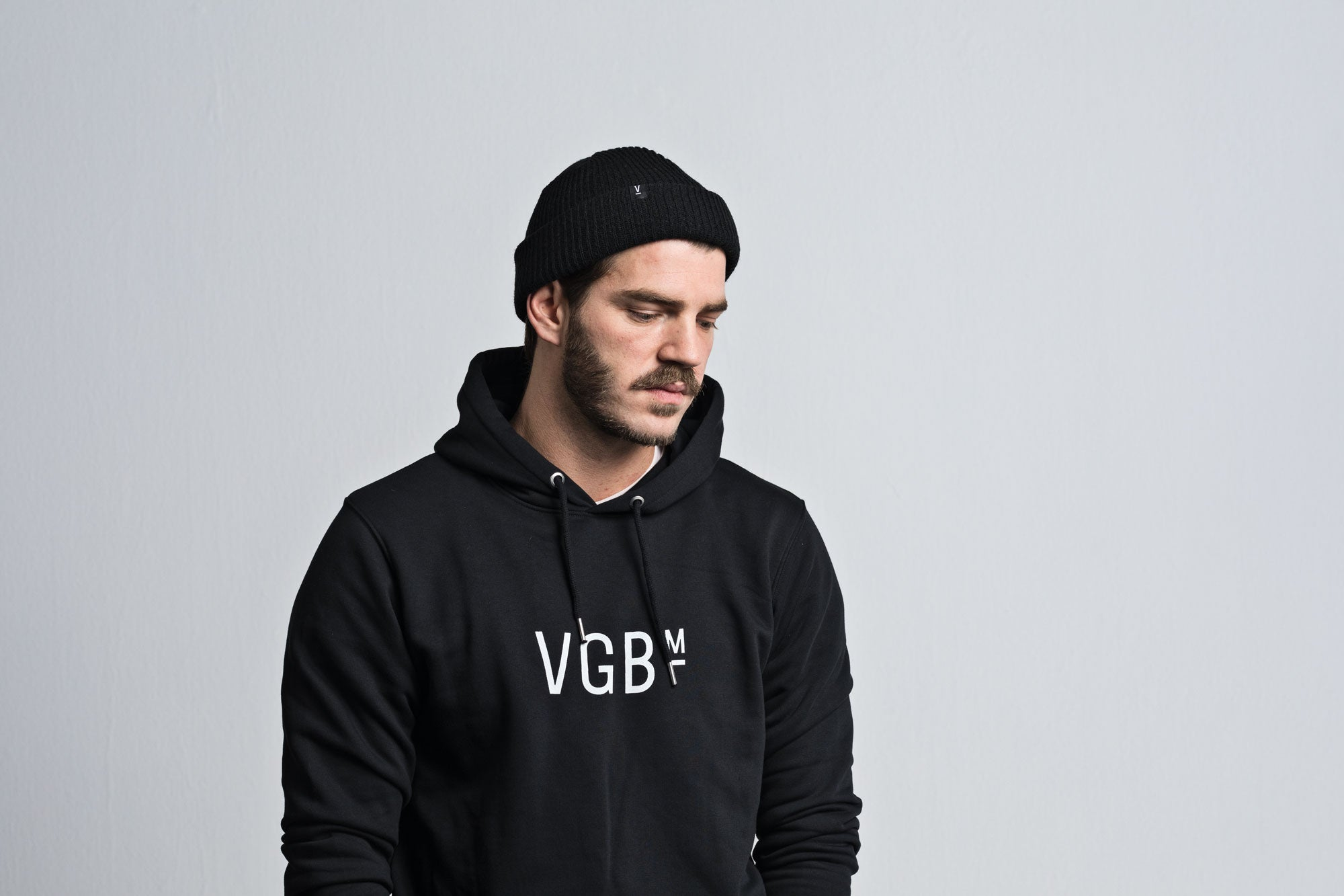 VGB Beanie black/brown