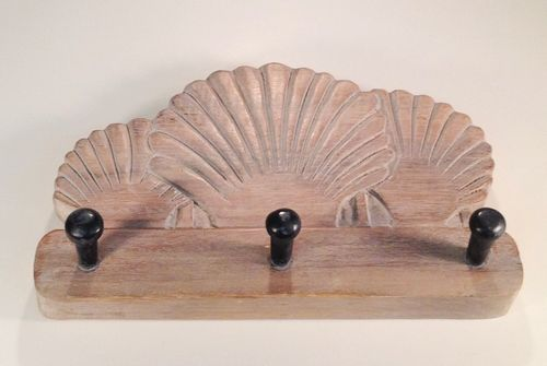 Shell Rack, Whitewash