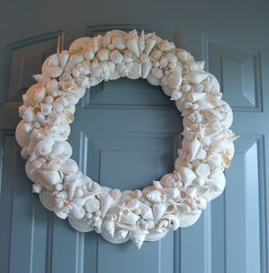 'Pretty In White' Seashell Wreath