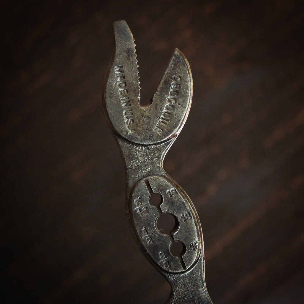 Beer Tap Handle: Vintage Hawkeye Crocodile Wrench
