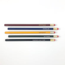 Load image into Gallery viewer, HOGWARTS HOUSE PENCIL SET