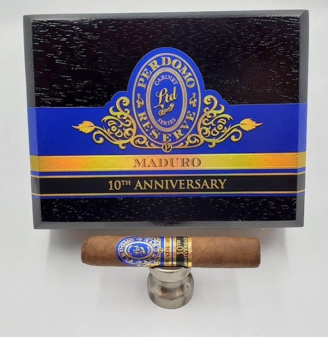 Perdomo 10th Anniversary Box Pressed Maduro Robusto