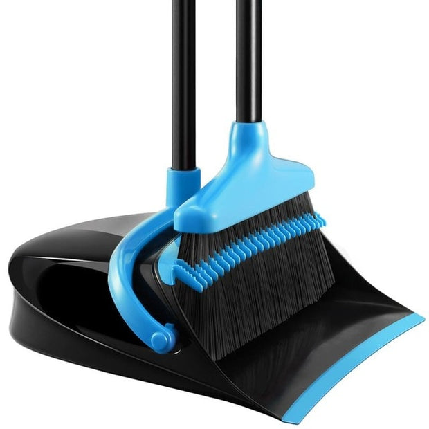 Set Upright Standing Dust Pan With Extendable Broomstick appropriate for people with back issues