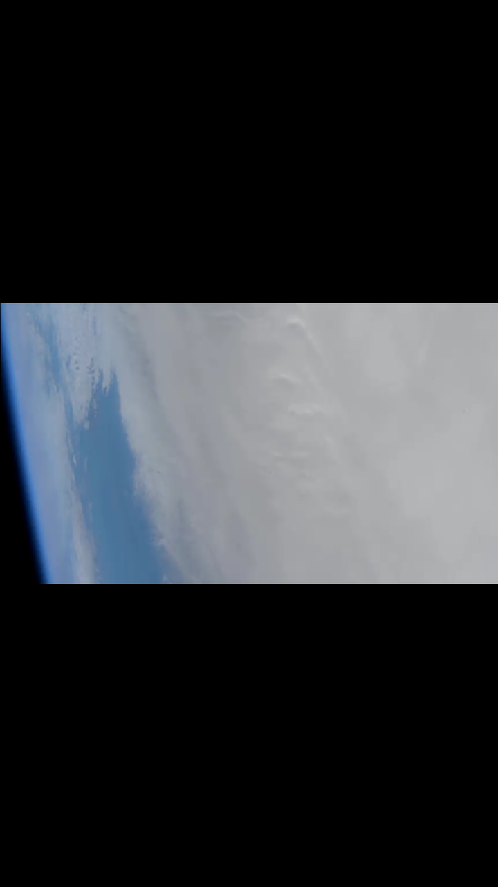 EARTH | TRANQUIL REAL-TIME SATELLITE LIVE FEED
