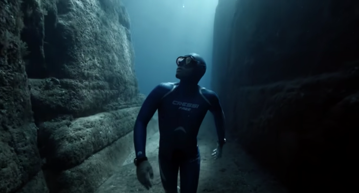 THOUGHT PROVOKING | Experience the Underwater World Through the Eyes of a Free Diver