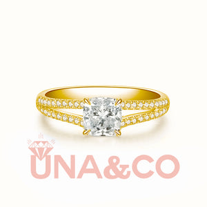 18K Yellow Gold Chic Four Prong Setting Moissanite Ring