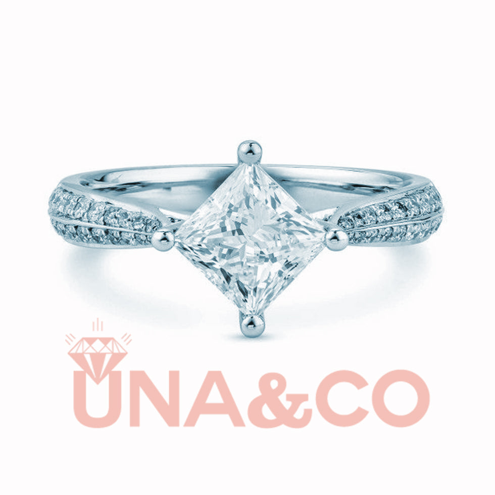 Unique & Luxury Princess Shape Ring