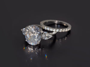 5CT Flower Oval Cut sparkly CVD Diamond Ring