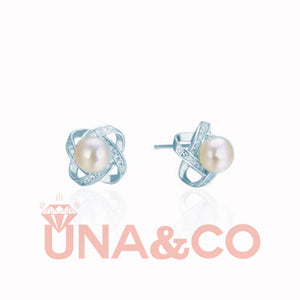 Four-leaf Clover Pearl and Diamond Earrings
