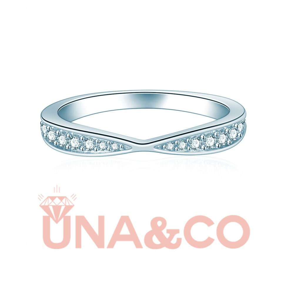 Gently tapered CVD diamond band