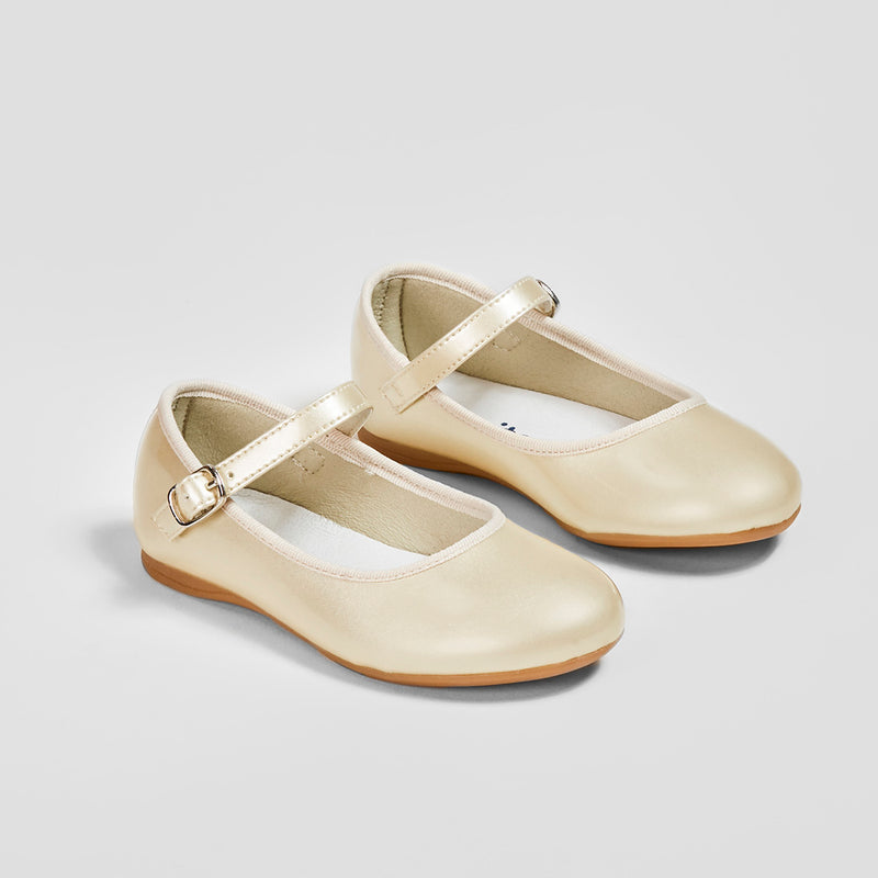 Girl's Pearl Patent Mary Janes