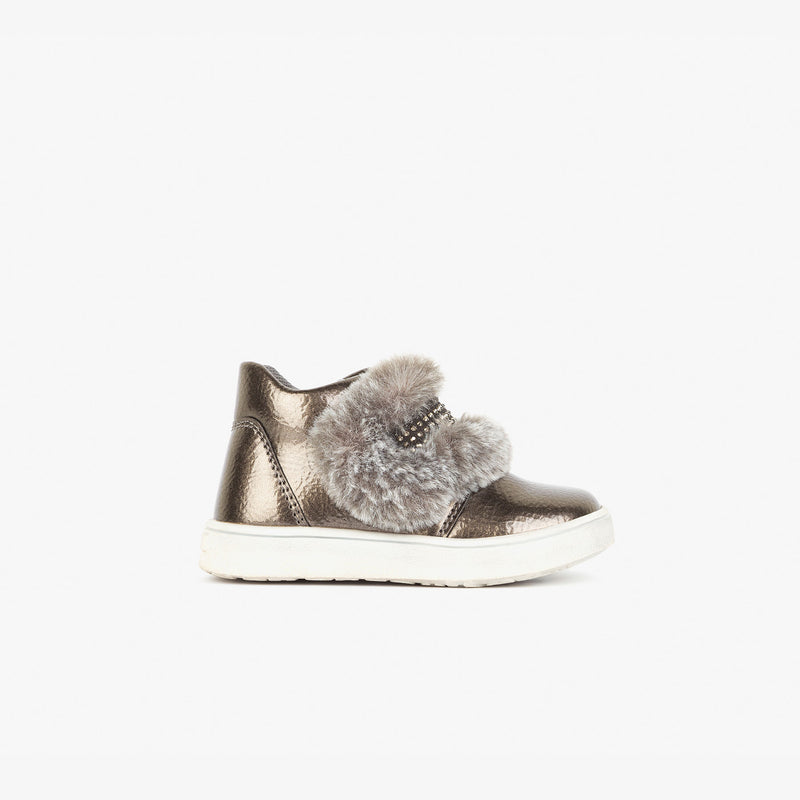 Baby's Metallized Lead Booties
