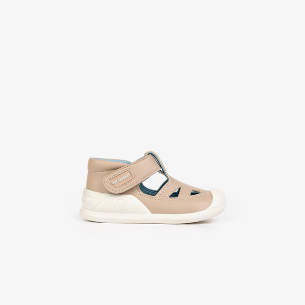 Baby's Beige onMicro® Shoes