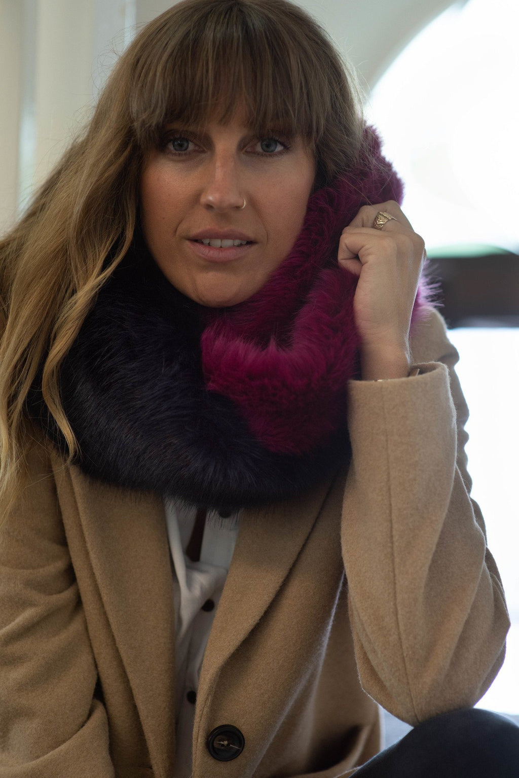 Faux fur snood navy & magenta