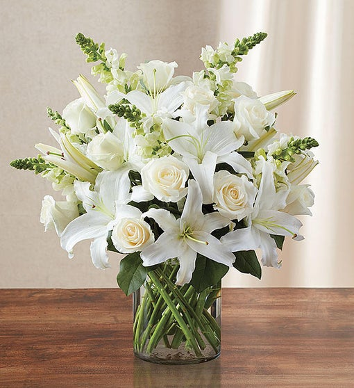 White Christmas Dreaming Flower Arrangement
