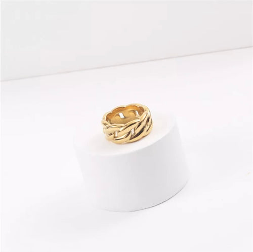 Signature Ring (Gold)