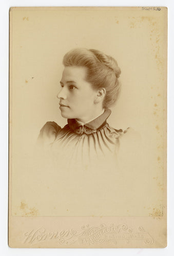 Victorian Cabinet Card, Lovely Young Woman || Boston, Massachusetts