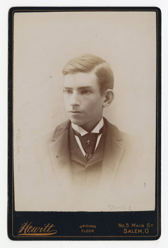 Victorian Cabinet Card, Bright Eyed Young Man || Salem, Oregon