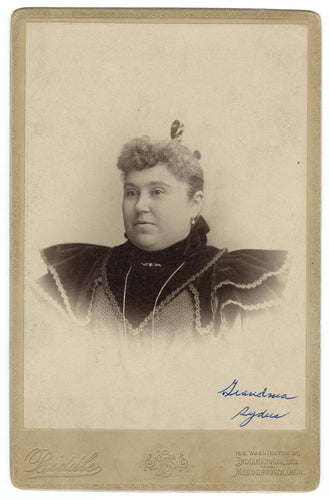 Victorian CABINET CARD, Indianapolis, Indiana and Middletown, Ohio, F.P. Biddle Studios || Woman's Portrait