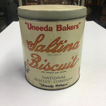 "Load image into Gallery viewer, Old ""Uneeda Bakers"" Saltina BISCUIT 1lb Tin, Vintage"