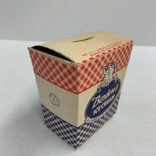 Load image into Gallery viewer, Vintage BORDEN's ICE CREAM Box, Dairy, Massachusetts, 1 Pint