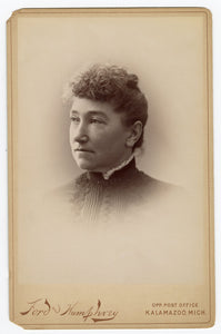 Victorian CABINET CARD, Kalamazoo, Michigan, Ford and Humphrey || Woman's Portrait