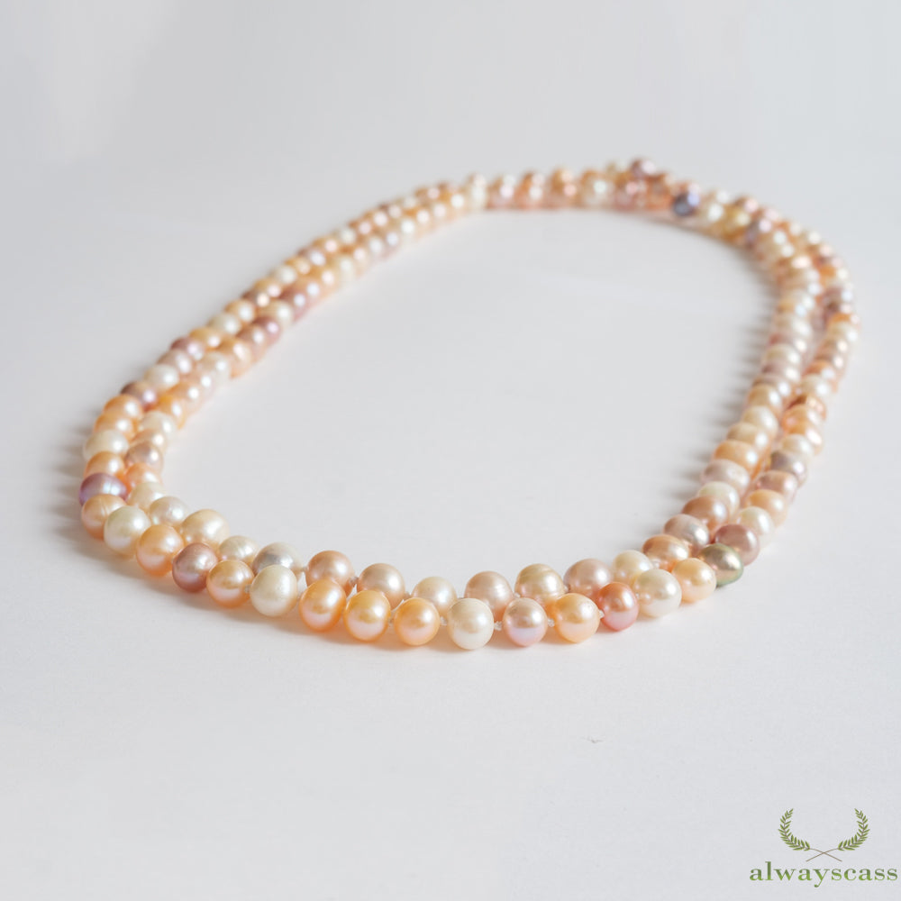 Day Dreaming Thoughts natural pearl necklace