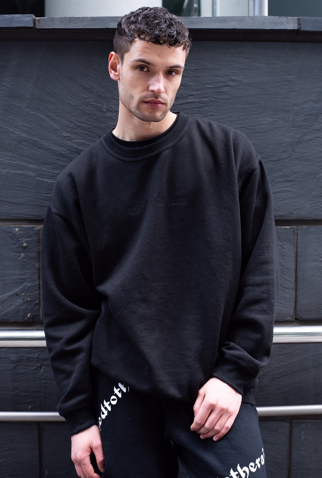SHADOW CREWNECK