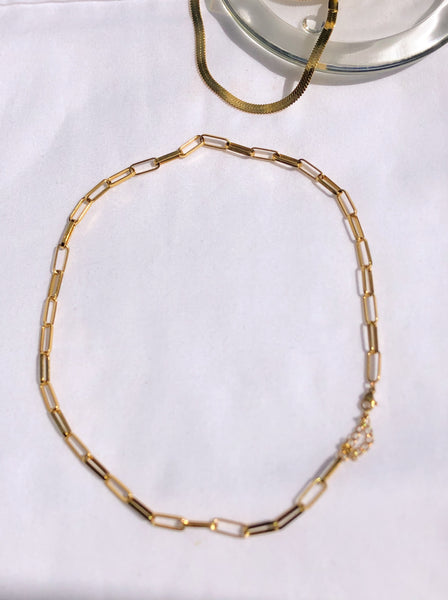 Lori- 18k  paperclip necklace