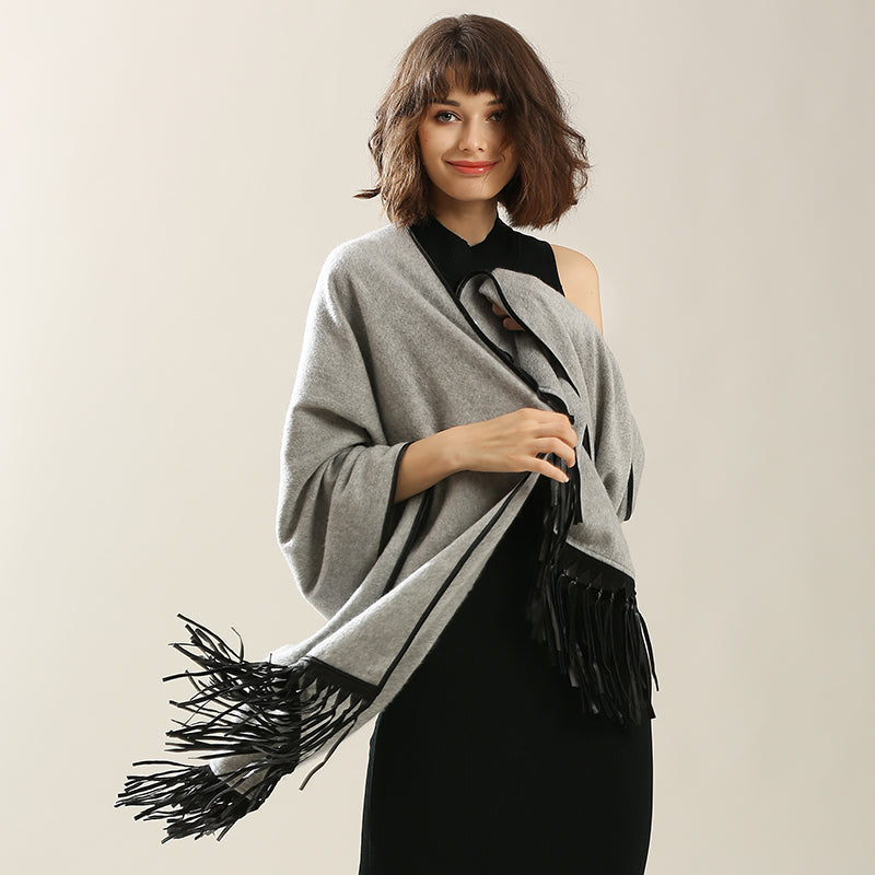Frame of Louvre Cashmere Wool Shawl