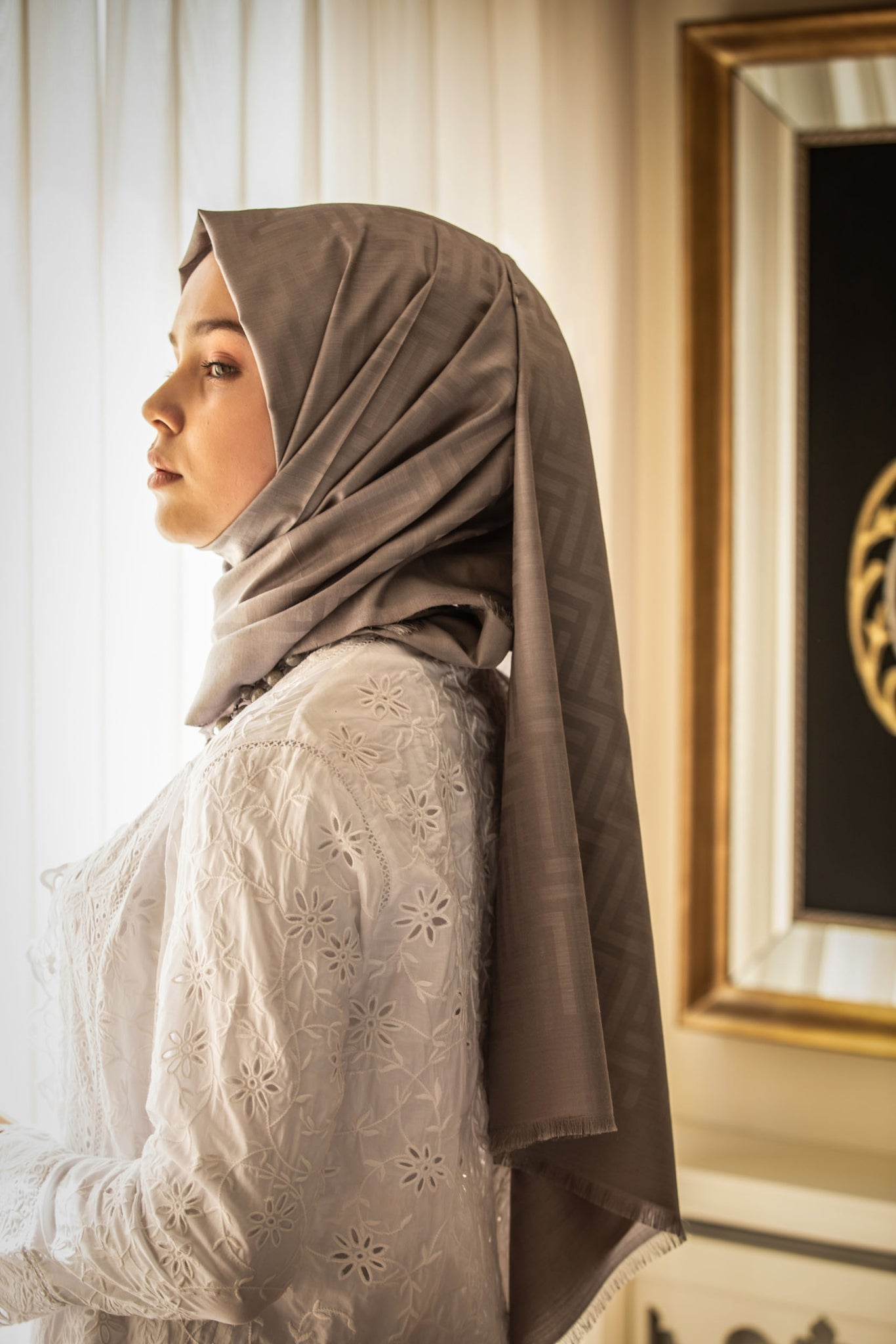 Luna Ashen Luxury Hijab