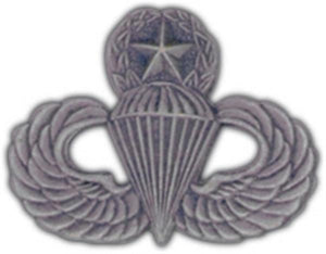 Master Paratrooper Small Hat Pin