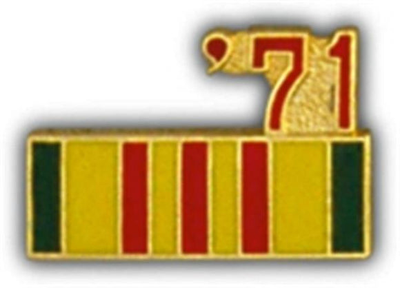 71 Vietnam Ribbon Small Pin