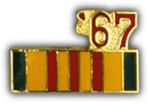 67 Vietnam Ribbon Small Pin