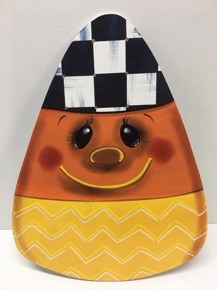 #901 Smiling Candy Corn