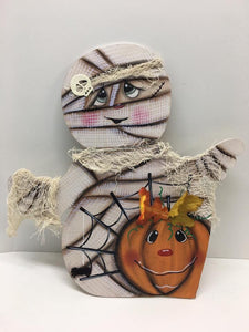 #804 3D Mummy with Pumpkin