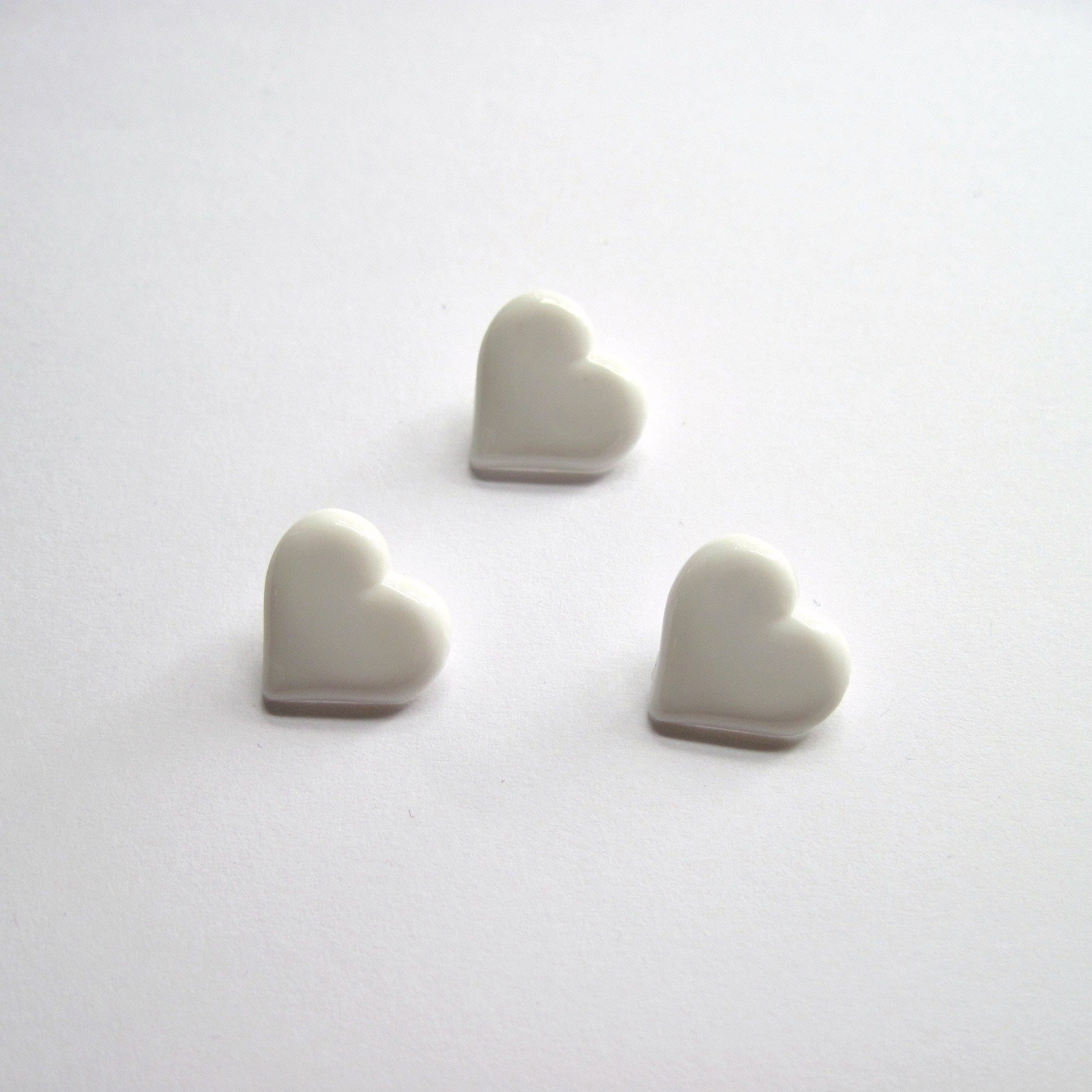 Heart shank buttons