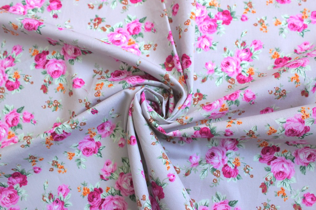 Pink roses quilting cotton