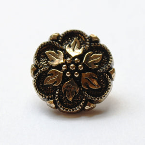 Vintage gold flower buttons