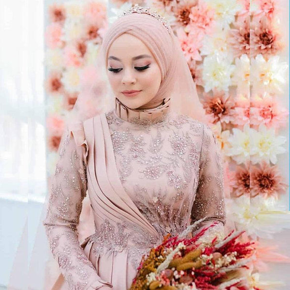Lace Appliques Beaded High Collar Ruched Muslim Wedding Dresses with Hijab