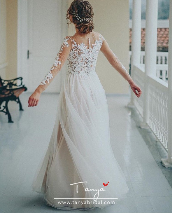 Simple Tulle Lace Applique Wedding Dresses 3/4 Long Sleeve Scalloped Floor-Length A-Line Bridal Dress Unique Covered Button