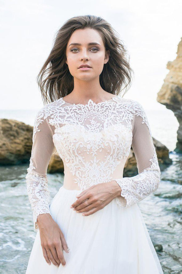 Long Sleeved Beach Lace Wedding Dresses 2019