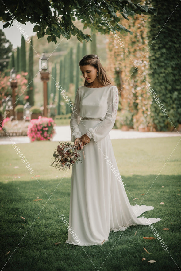 Long Sleeve Backless Wedding Dresses Chiffon Lace Edge Elegant Bridal Gowns DW435