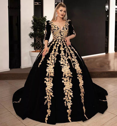 Black Arabic Prom Ball Gown With Gold Lace Appliques