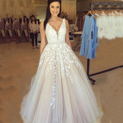 A-line V-neck Tulle Long Prom Gown Evening Dresses Robe De Soiree