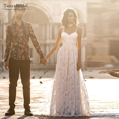 Bohemian Lace Wedding Dresses A Line Spaghetti Backless Romantic Bridal Gowns Champagne lining Chic Noivas DW194