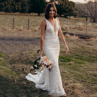 Bohemian Lace wedding Dresses Mermaid V-Neck Backless Bridal Gowns champagne lining Lovely Noivas ZW318