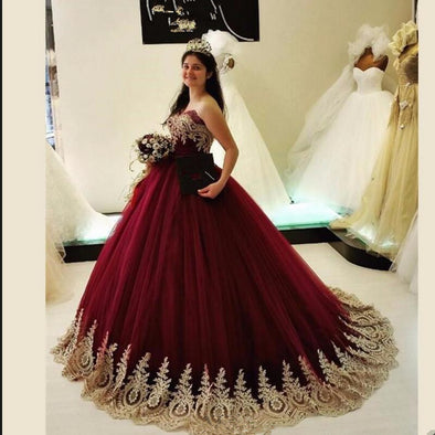 Burgundy Arabic Wedding Dresses Tulle With Gold Lace Appliques